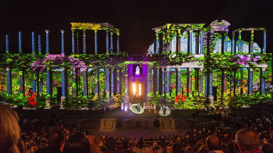Gala de entrega de los Premios Ceres en el Teatro Romano de Mérida / GobEx