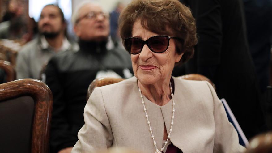 La madre de la expresidenta de Chile Michelle Bachelet, Angela Jeria.