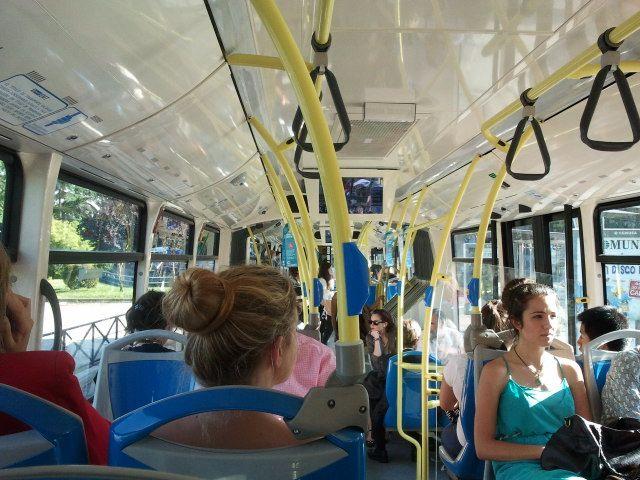 5. Viaje en bus
