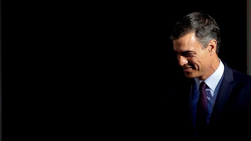 El PSOE explora el apoyo de los grupos minoritarios mientras critica a Iglesias