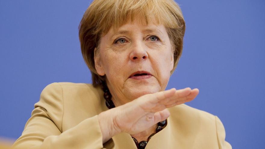 Merkel se impone sobradamente a sus tres posibles rivales socialdemócratas