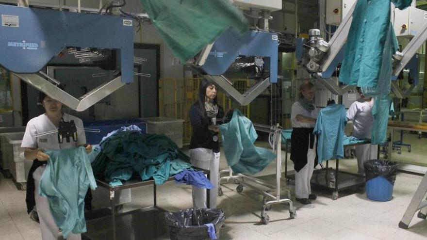 Desconvocada la huelga en la lavandería central tras un acuerdo con la empresa