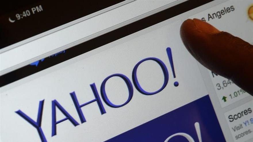 Yahoo contrata a banqueros para explorar una posible venta