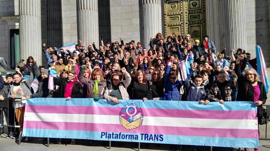 Jóvenes transexuales y familias piden por redes sociales una ley trans estatal
