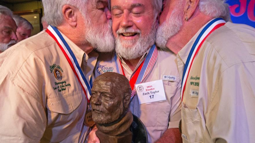 """El dueño de una plomería, el nuevo """"gemelo"""" de Hemingway en el concurso de Cayo Hueso"""
