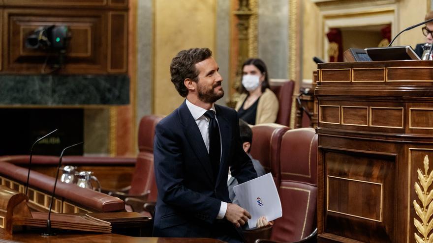 """Casado recalca a Sánchez que """"ser feminista no es poner en riesgo a centenares de miles de mujeres el 8M"""""""