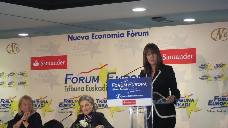 """Mendia pide a """"los nacionalistas que se impliquen en la reforma constitucional"""" para """"corregir los desajustes"""""""