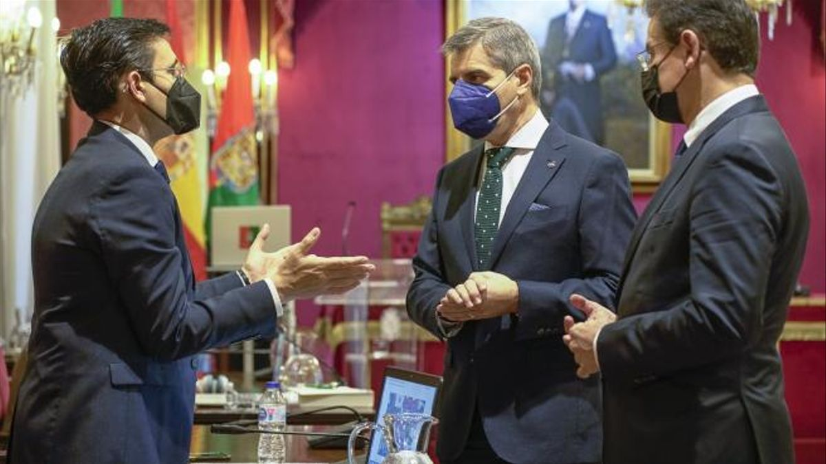 PSOE, PP y Luis Salvador volverán a encontrarse en los debates políticos en los próximos meses