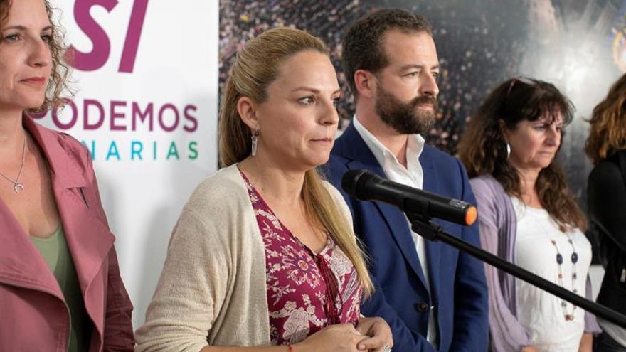 La candidata de Podemos a presidenta del Gobierno de Canarias, Noemí Santana, comparece ante los medios tras el varapalo electoral.EFE/ Quique Curbelo