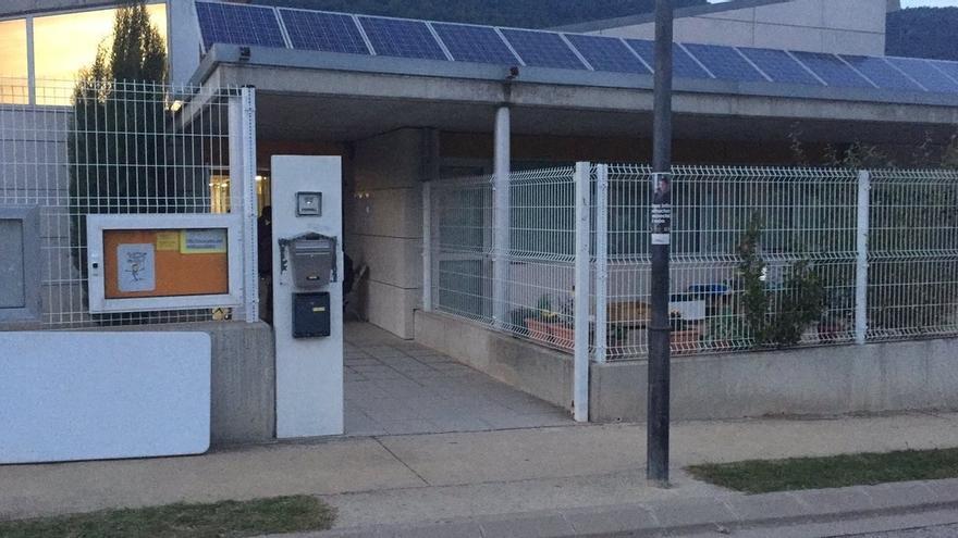 """Riudaura (Girona) retira las puertas de la escuela municipal por """"mantenimiento"""""""