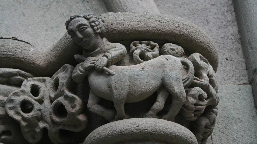 Capitel en la Casa de Colón, uno de los museos del barrio de Vegueta. VIAJAR AHORA
