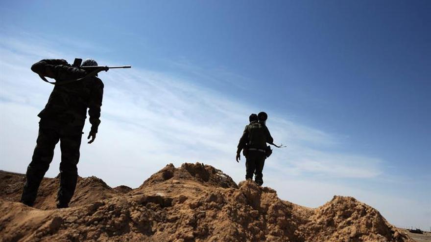 Muertos 4 soldados de Tobruk en Bengasi, donde se recrudecen los combates