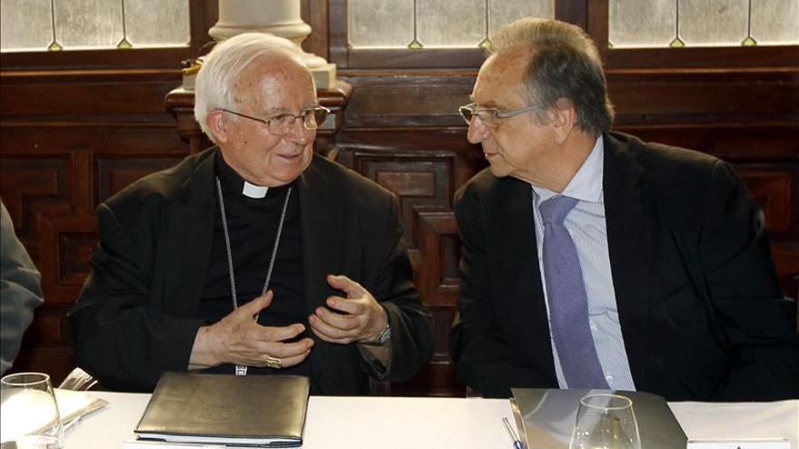 El cardenal Cañizares dice que es alarmante el aumento de la distancia entre ricos y pobres