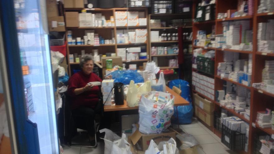 La farmacia de la clínica social Metropolitan Community Clinic de Helliniko (Atenas), el 22 de enero de 2015. / A.G.