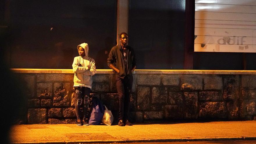 Soleil y Martin, a su llegada a Irún en autobús