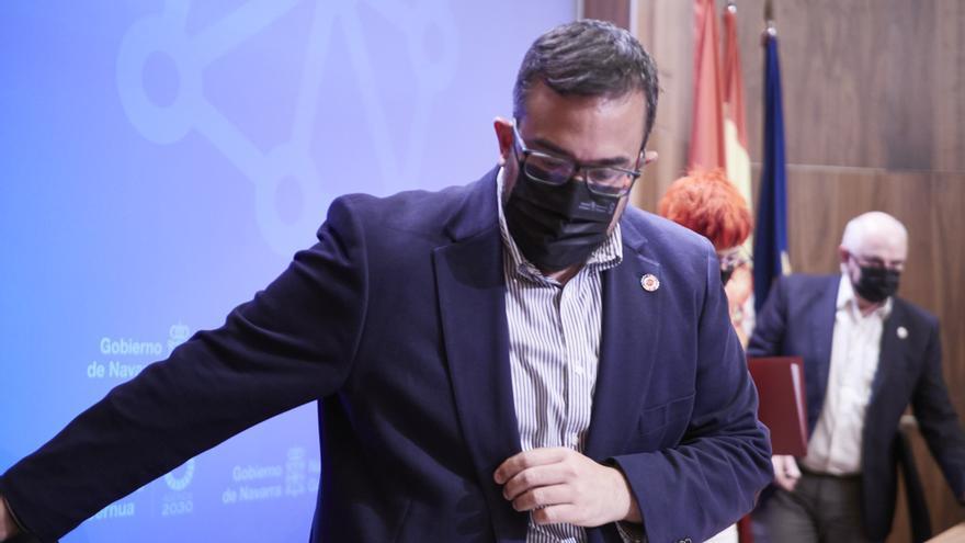 El vicepresidente del Gobierno de Navarra, Javier Remírez, a su llegada a una rueda de prensa.