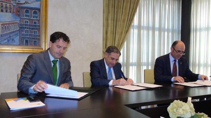 Gobierno de Navarra, CEN e Iberdrola impulsarán un plan para prevenir los microcortes en el suministro eléctrico