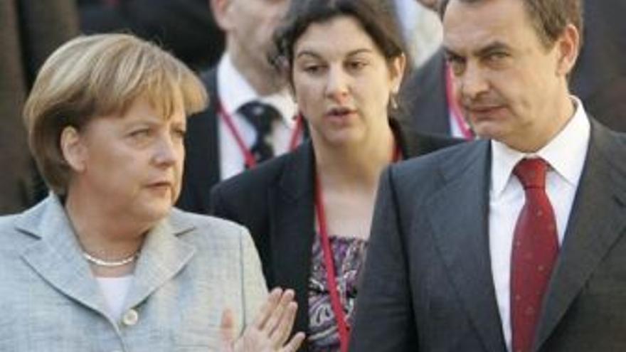 Merkel y Zapatero. (EUROPA PRESS)