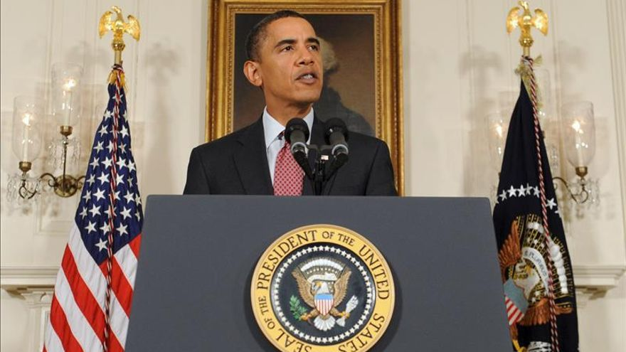 """Obama dice que duplicar las tropas de EE.UU. en Irak marca una """"nueva fase"""" contra el EI"""
