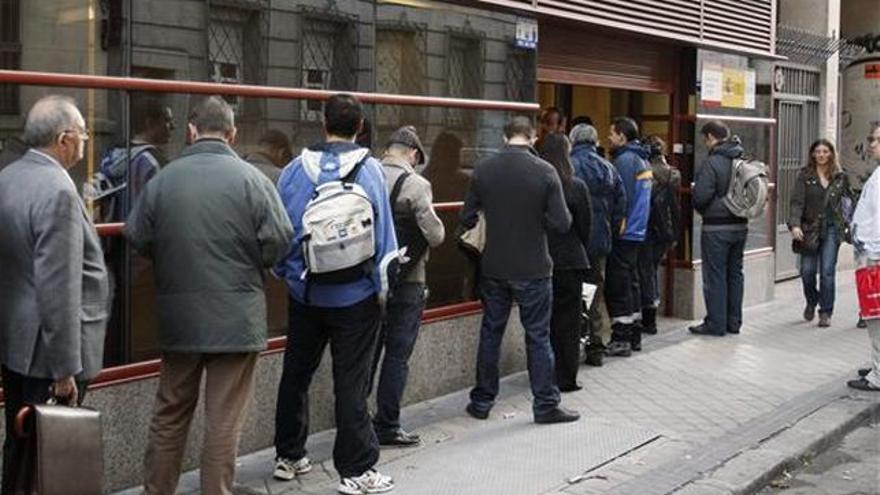 Castilla la mancha cierra 2016 con menos paro pero se for Oficina virtual de empleo castilla la mancha