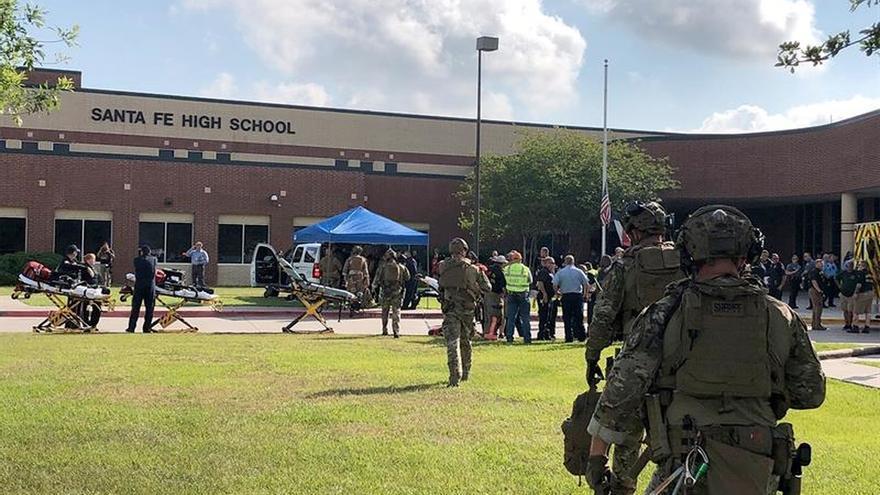 La investigación sobre el tiroteo en Texas llevará tiempo, según las autoridades