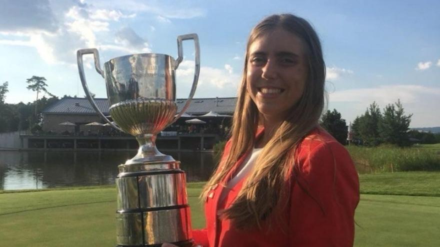 El cuerpo de la golfista Celia Barquín llega hoy a Cantabria y el funeral será el domingo en Torrelavega