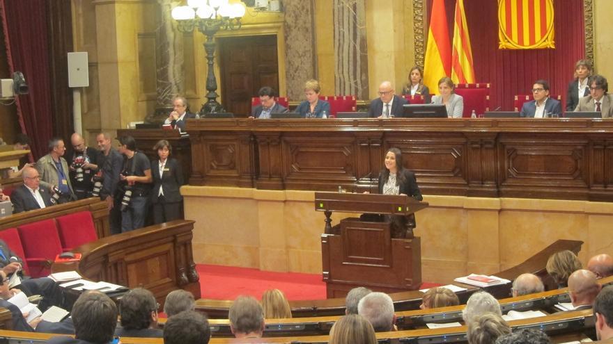 Arrimadas (C's) acusa a JxSí-CUP de romper la democracia y a Mas de rehuir de la justicia