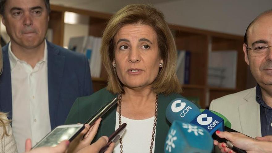 Báñez avanza la creación de más 450.000 empleos en España en el primer semestre