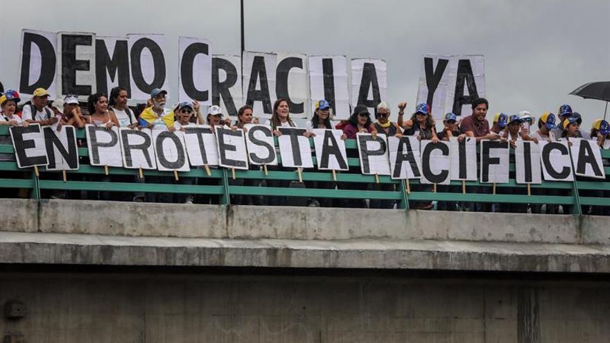 La oposición venezolana se prepara para manifestarse ante el Tribunal Supremo