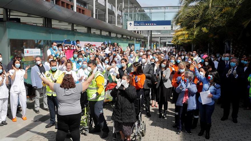 Isabel Díaz Ayuso, durante el acto de cierre del hospital de campaña del recinto ferial de Ifema este viernes.