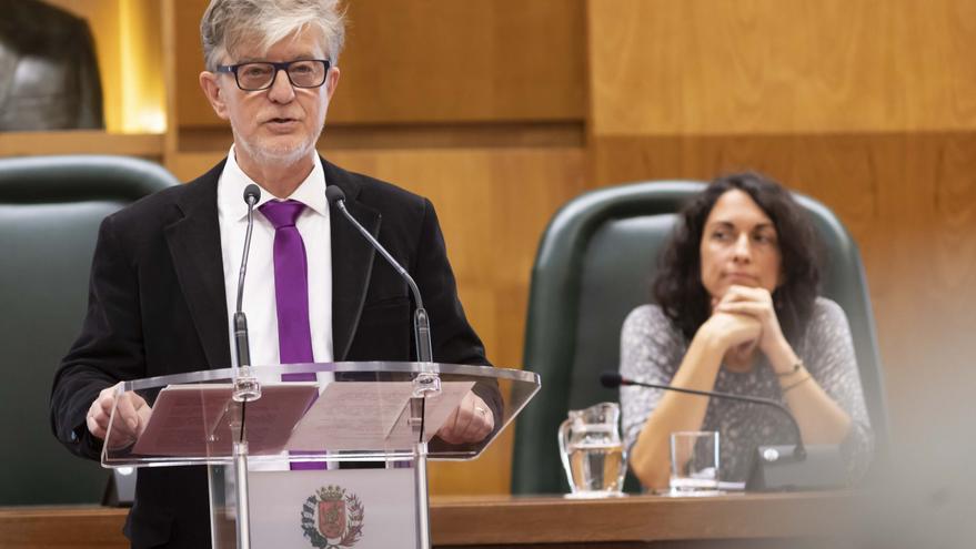 El alcalde de Zaragoza, Pedro Santisteve, en el Debate sobre el estado de la Ciudad