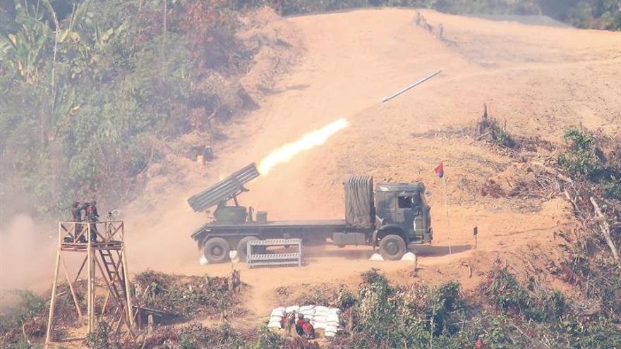 El Ejercito birmano realiza maniobras militares entre denuncias de la ONU