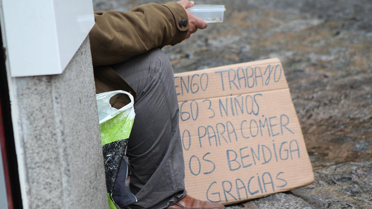 En las islas está en riesgo de pobreza o exclusión social uno de cada tres ciudadanos, un 36,6%, una tasa 10 puntos superior a la media nacional