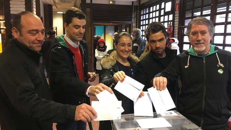 Constituidas en Arrigorriaga y 17 localidades de Busturialdea las urnas para consultar sobre un estado vasco soberano