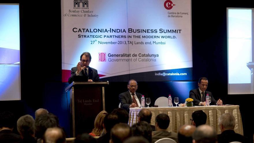 """Artur Mas dice que Cataluña puede ser una """"plataforma clave"""" para los intereses indios en el Mediterráneo"""