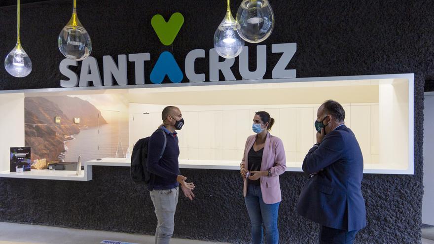 Santa Cruz reabre la Oficina de Información Turística y ya ha atendido a casi 700 visitantes