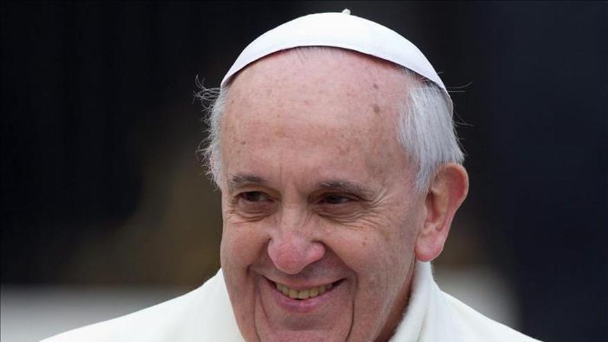 El Papa dice que el adulterio es pecado grave y no un problema que resolver