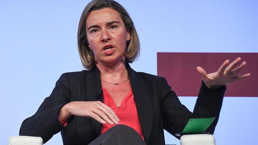 La UE afirma que la estrategia de seguridad y defensa fomentará los derechos humanos