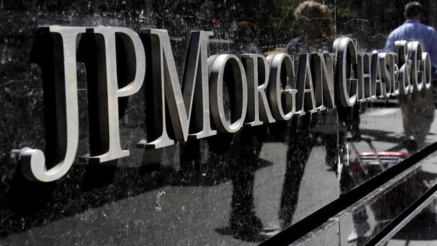 Bajan un 4 % los beneficios semestrales de JPMorgan Chase