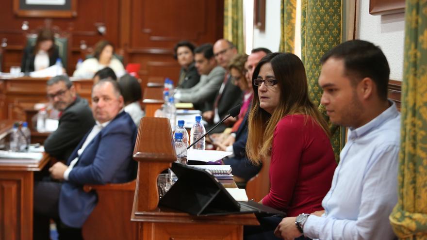 Los concejales de Podemos en Telde Guillermo Eugenio y Esther González (Alejandro Ramos)