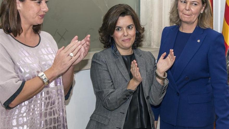 Sáenz de Santamaría aboga por el entendimiento tras el acuerdo vasco