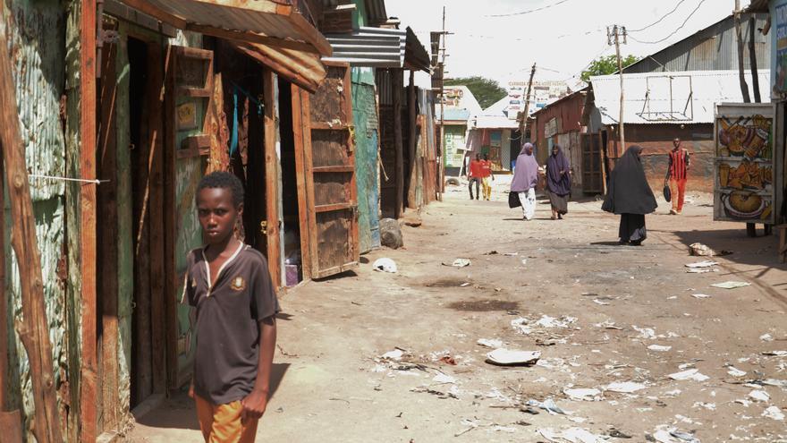 Mercado principal de Dadaab; el campo ha dado lugar a una ciudad a lo largo de sus 24 años de historia. / Sabina de Vicente.