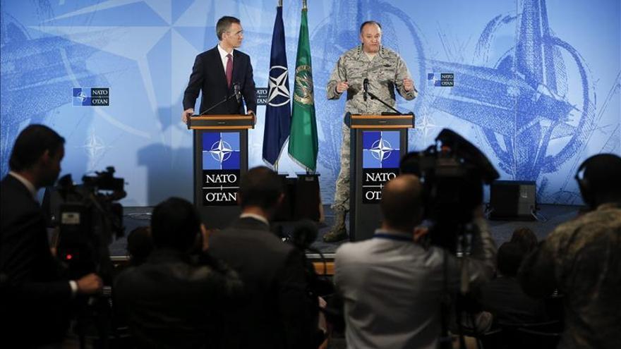La OTAN dice que no se puede verificar el destino de armas retiradas de Ucrania