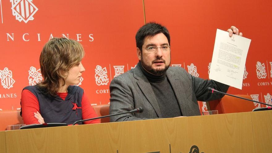 Los diputados de EU Ignacio Blanco y Marina Albiol