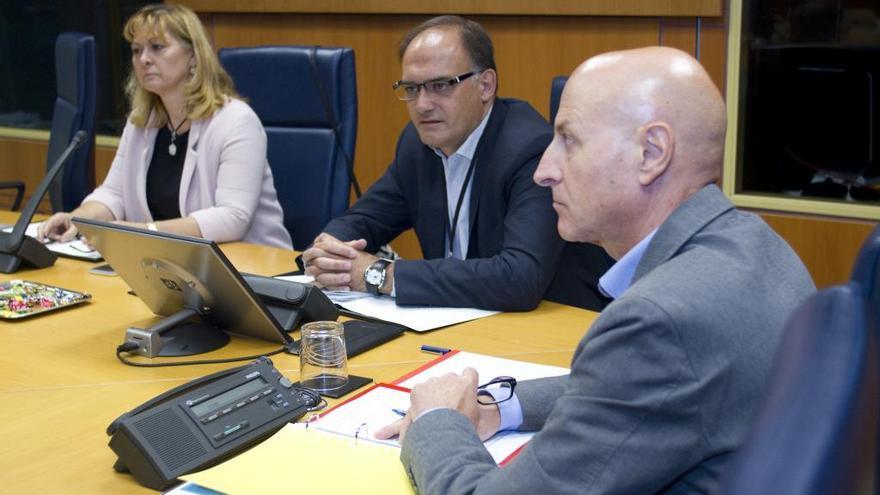 Gonzalo Rodríguez, presidente de Sareen Sarean , red del Tercer Sector de Euskadi en su comparecnecia parlamentaria.