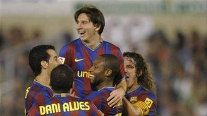 El Barça acaba con el Racing a base de fútbol de salón