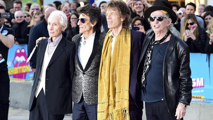 """""""The Rolling Stones"""" lamentan la muerte del """"pionero del rock"""" Chuck Berry"""