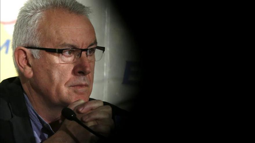 """Lara avisa de que el pacto Rajoy-Rubalcaba es el de dos """"boxeadores groguis"""""""