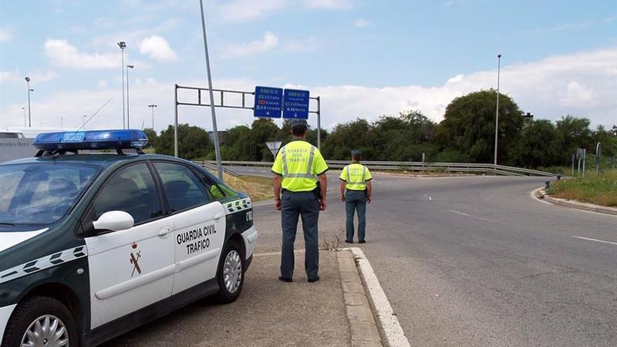 Trece muertos en doce accidentes de tráfico durante el fin de semana