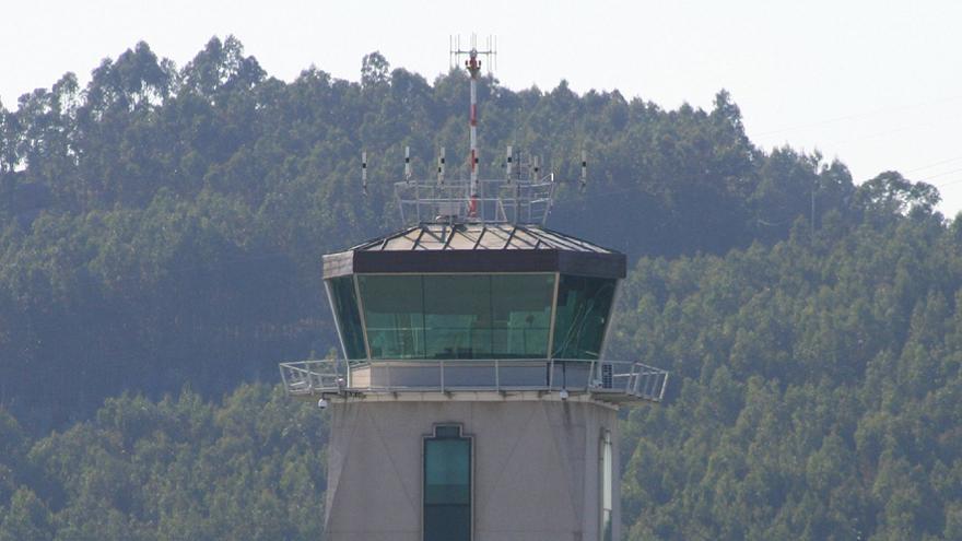 Aeropuerto de A Coruña - Alvedro / Javier Ortega Figueiral